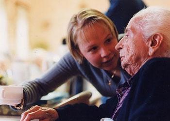 Illustration de l'article Alzheimer : une prise en charge évaluée à 1050 € par mois et par famille