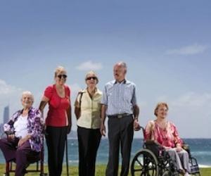 Illustration de l'article Dépendance : les seniors misent sur les résidences et la vie à domicile