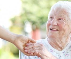 Illustration de l'article Quel est le rôle d'une auxiliaire de vie ?