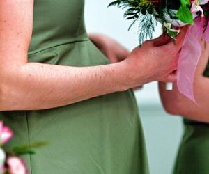 Illustration de l'article Mariage et accouchement dans la même heure !