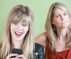Illustration de l'article Le téléphone portable, source de conflit familial