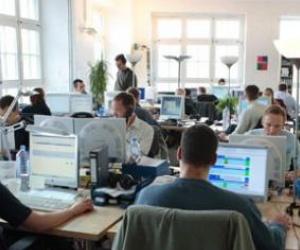 Illustration de l'article Un fonctionnaire peut-il cumuler son activité avec un emploi dans le privé ?