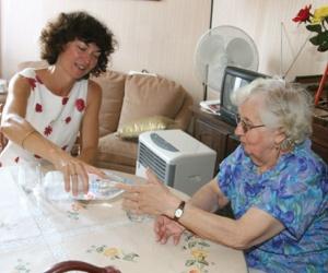 Illustration de l'article Se former au métier d'auxiliaire de vie pour les personnes âgées