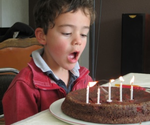 Illustration de l'article Aladom a 5 ans. Joyeux anniversaire !