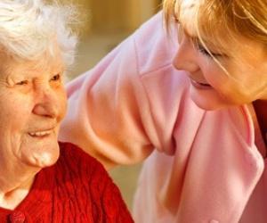 Illustration de l'article Auxiliaire de vie sociale (AVS) : un secteur qui recrute