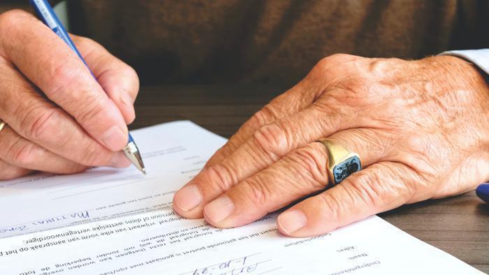 Illustration de l'article CESU Ménage et contrat de travail : comment faire en cas de rupture?