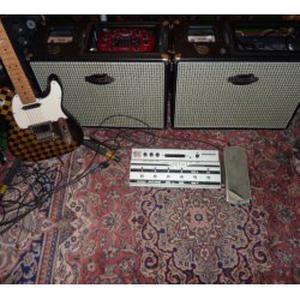 Donne cours guitare, basse, M-A-O (musique assisté par ordinateur) sur Voiron
