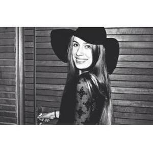 Sara, 18 ans
