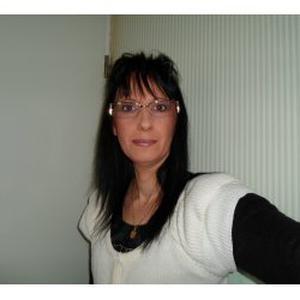 Isabelle, 46 ans, aide aux tâches quotidiennes