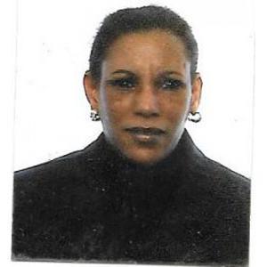 Marieme, 51 ans. Aide menagère a Chartres.
