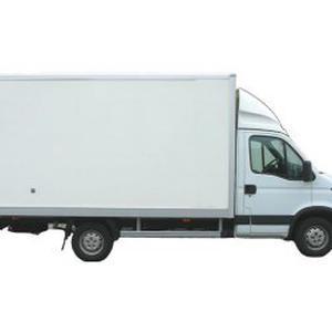 JH avec camion pour vos déménagements moins cher