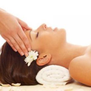 Soins du visage bio - massage Ayurvédique