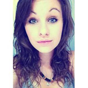 Fiona, 20 ans, Bilingue anglais de naissance, cours d'anglais pour tout âge