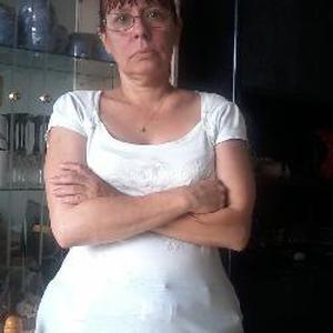 Valerie, 46 ans