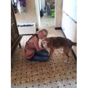Véronique, 16 ans, propose de s'occuper des animaux de compagnie