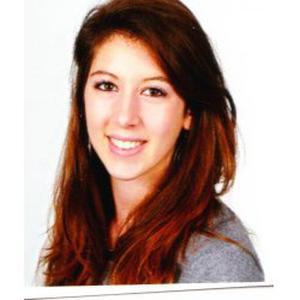 Etudiante propose aide aux devoirs sur Versailles