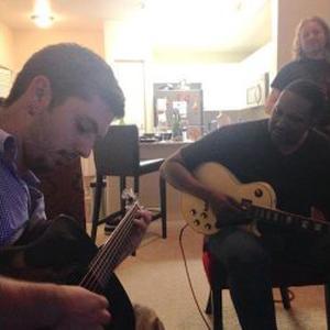 Cours de guitare et M.A.O à Tours (37) et en ligne (Skype)