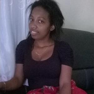 Nassabia , 22 ans