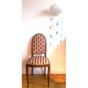 Charlène tapissière en sièges donne des cours à domicile