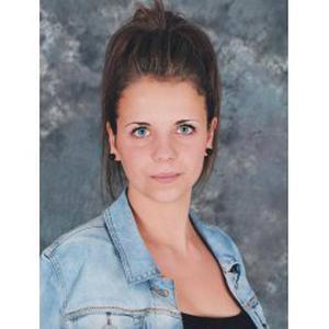 Inès, 17 ans