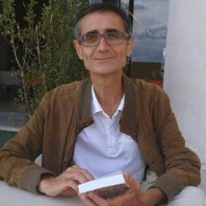 Professeur donne cours de français et de FLE à Paris