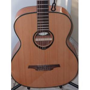 Cours de guitare à domicile enfants 7ans, ados, adultes et seniors.