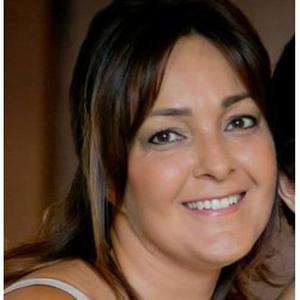 LUMINITA, 40 ans