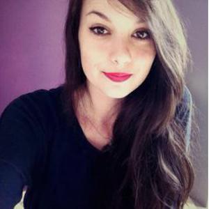 Célia, 18 ans, promenade / garde d'animaux
