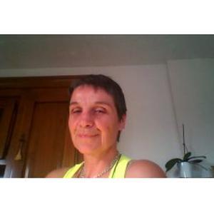 Sylvie, 57 ans cherche un emploi d'aide aux personnes âgées