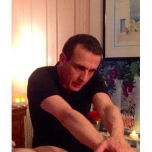 Massage de 1H30 sur table de qualité par pro
