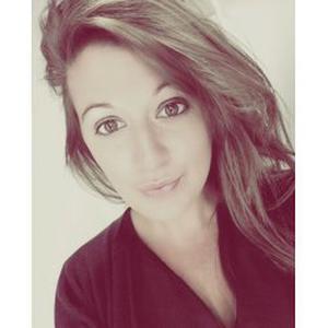 Charlotte, 21 ans, employée de ménage-repassage
