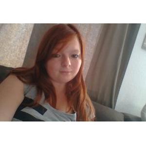 Océane, 18 ans propose de garder des enfants