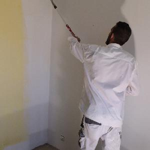 Bekay, 34 ans peintre expérimenté