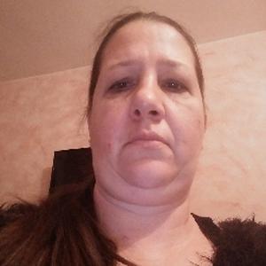Marie-france, 40 ans aide ménagère à domicile
