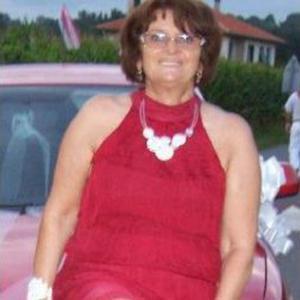Anne Marie, 60 ans, propose ménage
