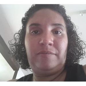 Laura, 34 ans, propose ménage
