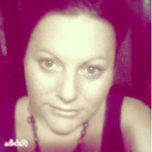 Anne Laure, 36 ans, recherche une place comme auxiliaire de vie