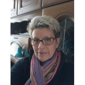 Rosi, 51 ans cherche un emploi en collectivité ou chez les particuliers