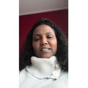 Sandrine, 30 ans cherche du travail comme femme de ménage