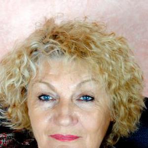 Pierrette, 70 ans offre plusieurs types de service aux personnes âgées