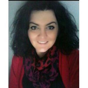Jasmina, 36 ans cherche des heures de ménage