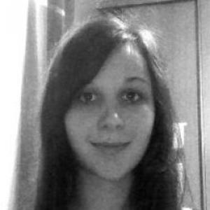 Mélanie, 23 ans, aide ménagère