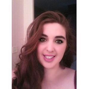 Pauline, 21 ans, aide pour le ménage
