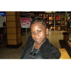 Soiyarta, 20 ans disponible pour garder des enfants