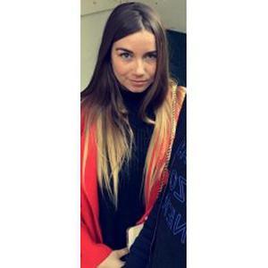 Lucie, 22 ans, une baby-sitter responsable pour vos enfants