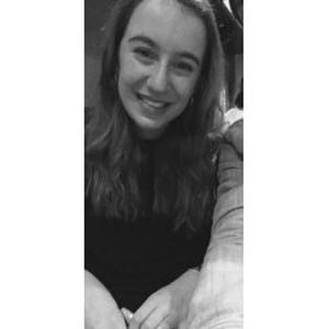 Oceane, 18 ans, Baby-sitting à Rennes