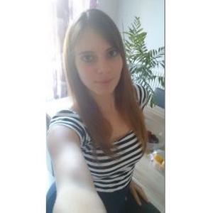 Aurélie, 27 ans donne des cours de français