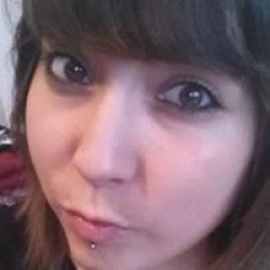 Stéphanie, 24 ans agente d'entretien