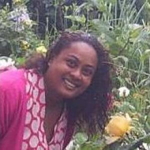 Yasmeen, 40 ans recherche d 'un poste d'aide soignante en CDI à la réunion
