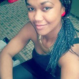 Marie, 23 ans propose des heures de ménage
